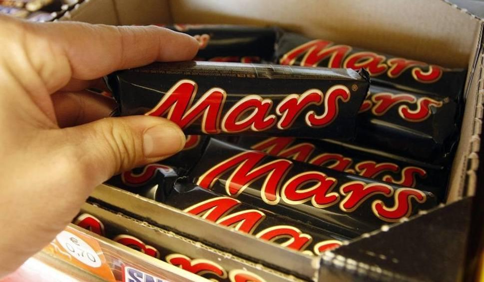 Plastik w batonach Mars, Sniskers i Milky Way