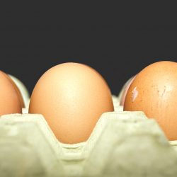 Jajka wycofane z Biedronki ze względu na ryzyko skażenia Salmonellą