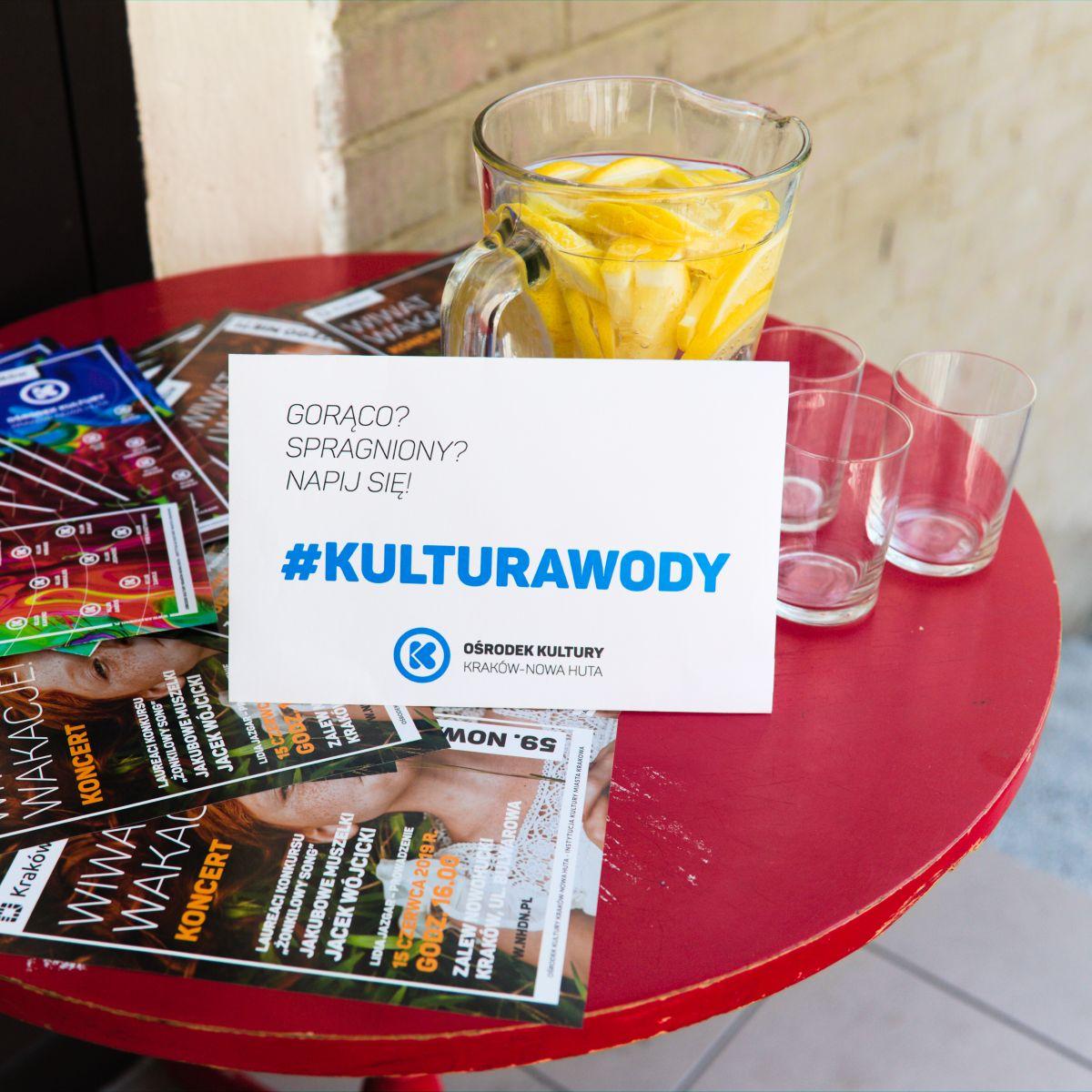 #kulturawody - darmowa woda dla mieszkańców i ich pupili w klubach Ośrodka Kultury Kraków-Nowa Huta